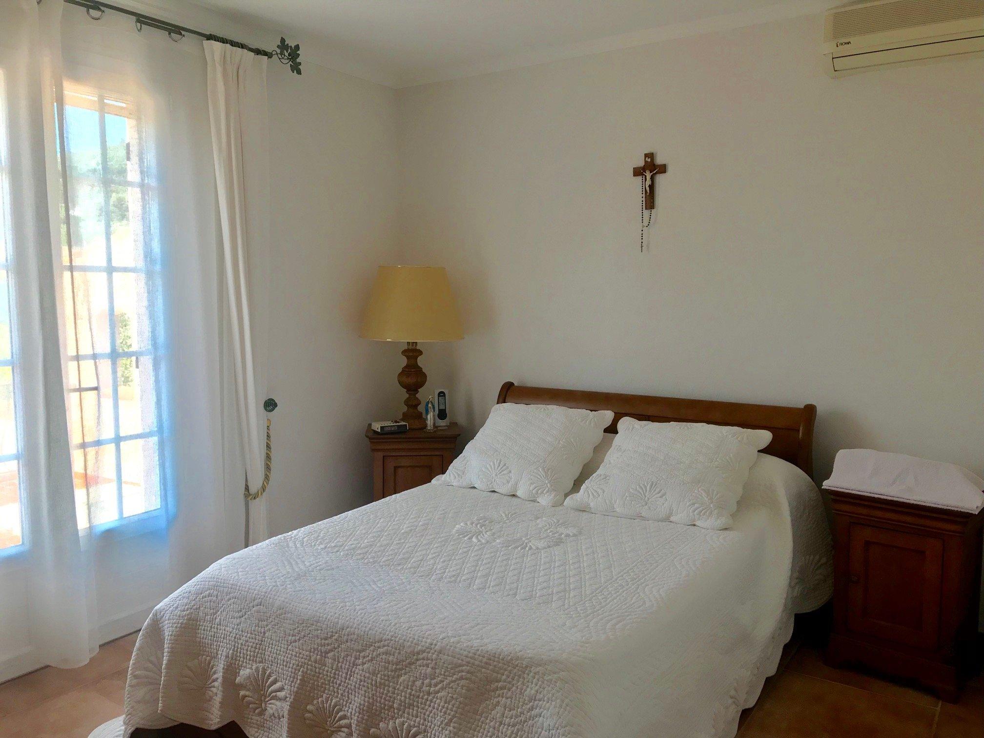 Maison-Villa - Cuers