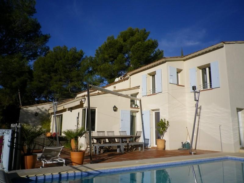 Ventes maison t7 f7 ollioules la courtine villa d for Piscine ollioules