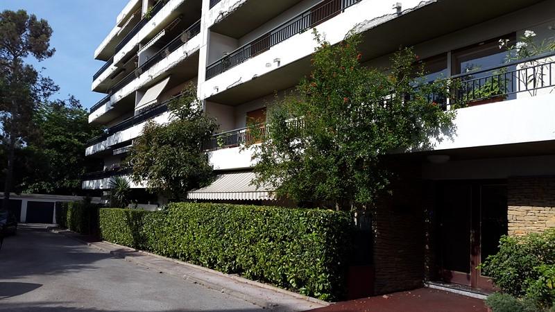 Location Appartement T4 Toulon Petit bois dernier étage plein sud avec belle vue dégagée