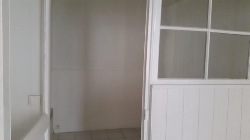 Location Appartement T2 TOULON LE MOURILLON rez-de-chaussée dans petite rue calme