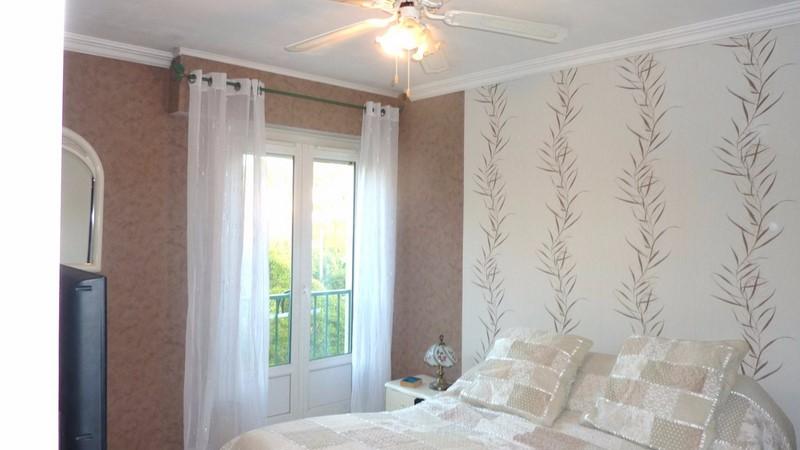 achat maison ancienne r nover toulon lamalgue l. Black Bedroom Furniture Sets. Home Design Ideas